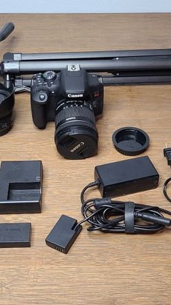 Canon T6i Camera Bundle With 2 Lenses 3 Batteries 2 Chargers And Tripod for Sale in North Las Vegas,  NV
