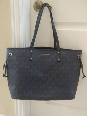 Authentic Michael kors Tote Bag for Sale in Pearland, TX