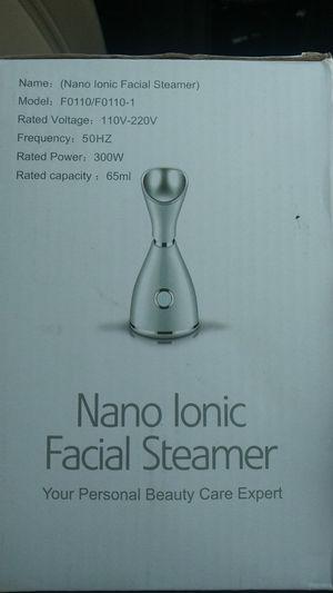 LONOVE Nano Ionic Facial Steamer- $25 for Sale in Los Angeles, CA