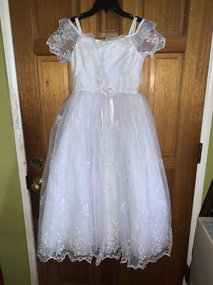 White beautiful communion or flower girl dress for Sale in Los Nietos, CA