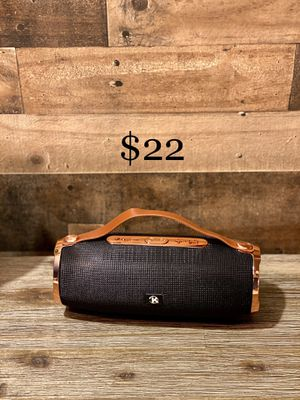 Bluetooth Portable Speaker for Sale in East Los Angeles, CA