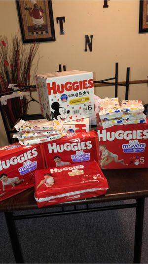 Huggie diapers and wipes for Sale in Milwaukee, WI