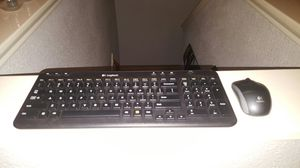 Wireless key board and mouse for Sale in Houston, TX