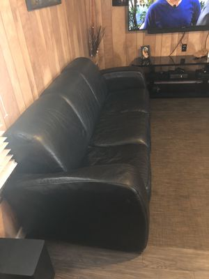 Couch for Sale in Del Valle, TX