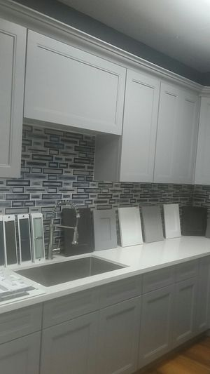 Kitchen cabinets and countertop for Sale in Garden Grove, CA
