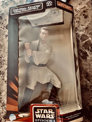 Obi wan collection statue for Sale in Lake Elsinore, CA