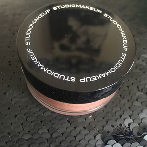 Studio Makeup Loose Blush for Sale in Warsaw, IL