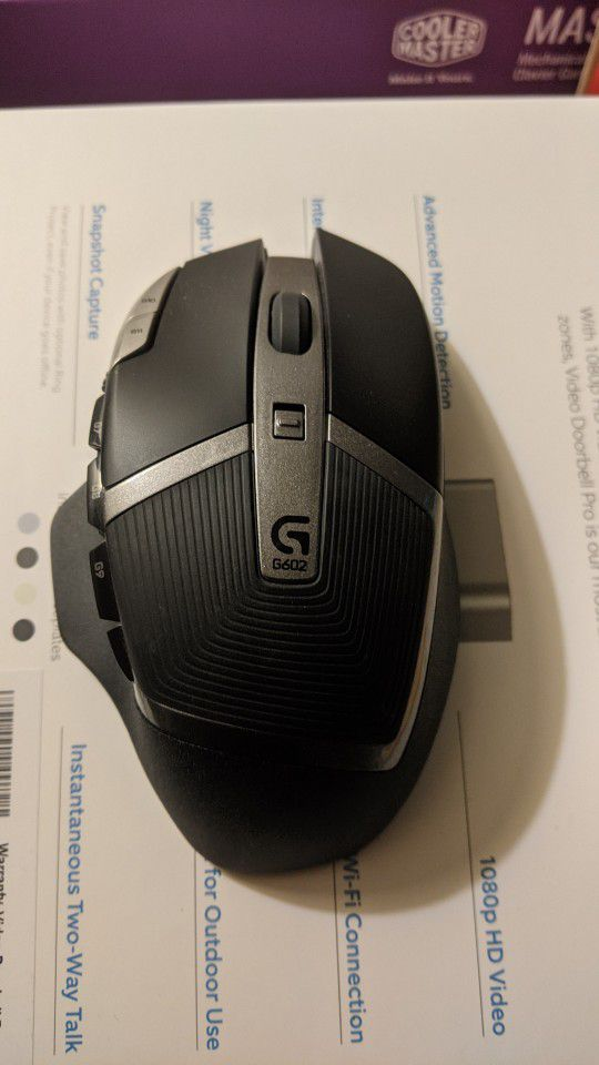Logitech G602 Wireless MMO Gaming Mouse