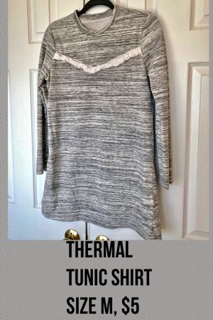 Forever21 thermal tunic shirt! Size M for Sale in Chantilly, VA