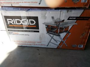 RIDGID TABLE SAW WITH STAND for Sale in Glendale, AZ