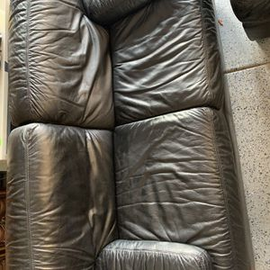 Leather Love Seat and Chair for Sale in Hemet, CA