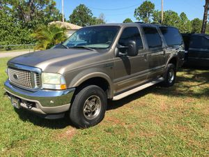 2002 FORD EXCURSION HARLEY DAVIDSON EDITION LIMITED 4x4 for Sale in Miami, FL