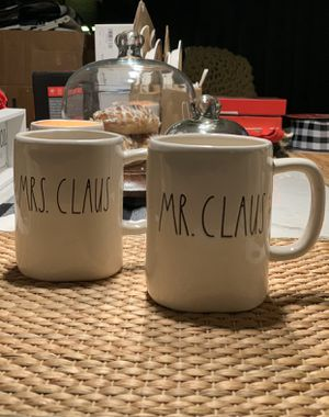 Rae Dunn Mr. and Mrs Claus mug set for Sale in Brooklyn, NY