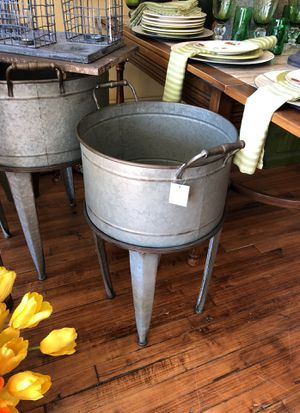 Flower pots or outdoor items for Sale in Minneapolis, MN