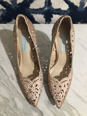 Betsy Johnson Diamond Pumps (8.5) for Sale in Atlanta, GA