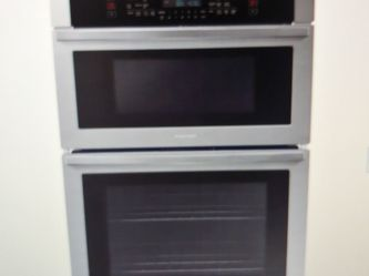 Brand New Inbox Samsung 30-inch Self Cleaning Oven With Microwave At Top Combo Stainless Steel for Sale in Hillsboro,  OR