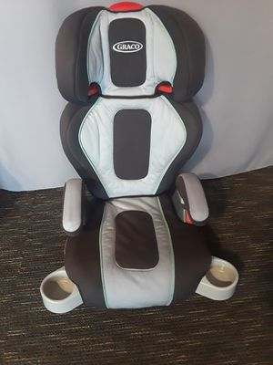 Car seat and booster seat Graco. for Sale in Riverside, CA