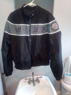 Harley Davidson wind breaker. for Sale in Caseyville, IL