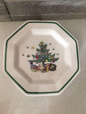 Plates- Christmastime Nikko Japan for Sale in Rancho Cordova, CA