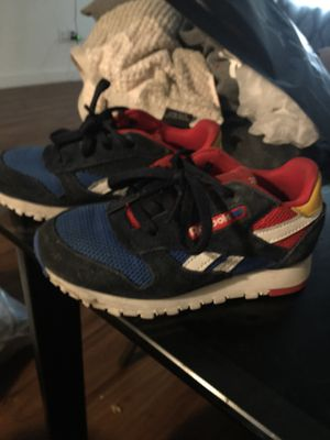 Reebok's Size 9 for Sale in Brooklyn, NY