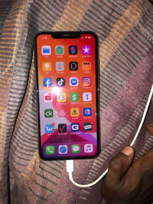 iPhone 11 Pro Max for Sale in Belleville, IL