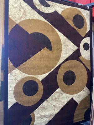 5x7 burgundy beige modern contemporary geometric design rug non shedding non slide carpet for Sale in Los Angeles, CA