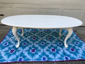 Shabby chic coffee table for Sale in Nicholasville, KY