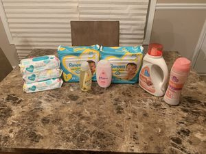 Pampers bundle for Sale in Lithonia, GA