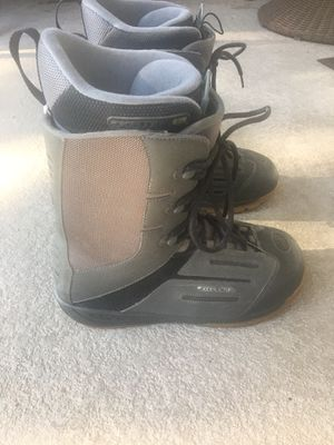 Men's snowboarding boots size 12 for Sale in Claremont, CA