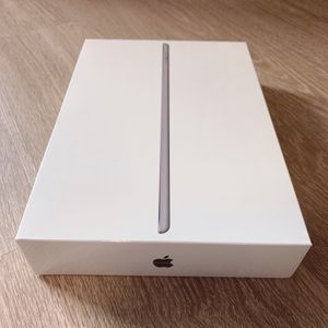 Brand New Ipad 7th Generation 32gb for Sale in Goodyear, AZ