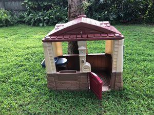 Kids play house! for Sale in Vero Beach, FL