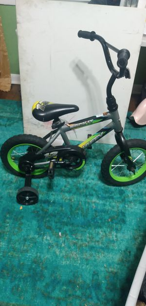 Bycicle for four year olds for Sale in Chicago, IL