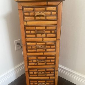Small Cabinet (6 Drawer Storage) for Sale in Hollywood, FL
