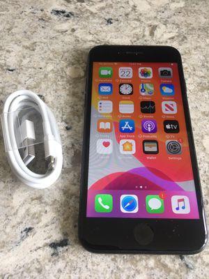 IPhone 7 32 GB unlocked for T-mobile MetroPCS simple mobile for Sale in Cerritos, CA