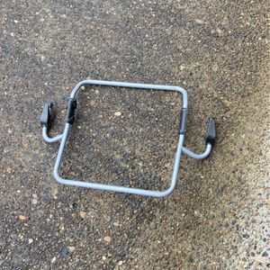 Infant Carseat Adapter For Bob Stroller for Sale in Happy Valley, OR