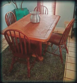Dining table & 4 chairs for Sale in San Diego, CA