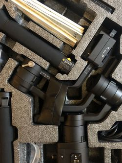 MINT condition DJI Ronin S Gimbal for Sale in San Leandro,  CA