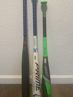 Louisville Slugger Baseball Bat , Easton Ghost Softball bat , Easton youth baseball bat for Sale in San Diego,  CA