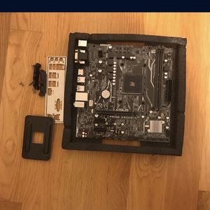 ASUS Prime A 320mk Ryzen Mother Board for Sale in Brooklyn, NY