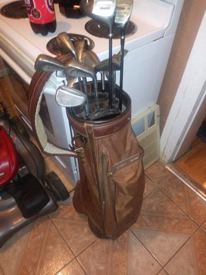 Golf bag by Spaulding w/clubs and accessories $50 for Sale in Columbus, OH