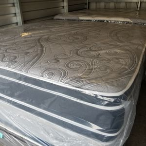 KING DOUBLE SIDED PILLOWTOP MATTRESS SET for Sale in Douglasville, GA