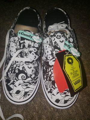 Nightmare before christmas Van's comfycush size 8 for Sale in Avondale, AZ