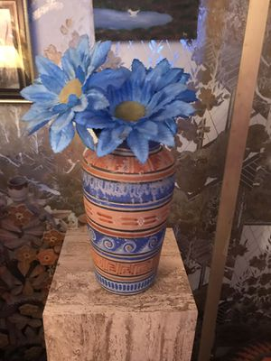 BEAUTIFUL CLAY FLOWER BASE for Sale in El Paso, TX