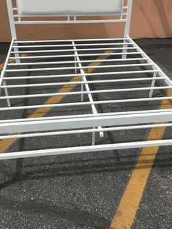 New Metal Bed Frame with Mattres Twin Size for Sale in Los Angeles,  CA