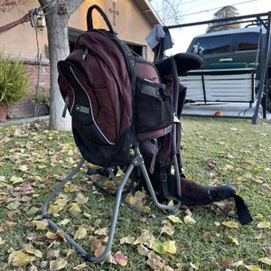 REI Child Carrier Hiking Backpack for Sale in Parlier, CA