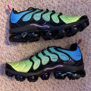 Nike Vapormax Plus for Sale in Kennesaw, GA