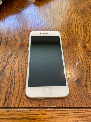T mobile iPhone 8 64 gb for Sale in Round Rock, TX