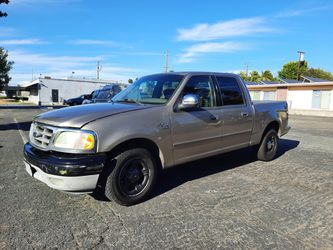 2002 Ford F-150  CREW CAB  for Sale in FULLERTON, CA