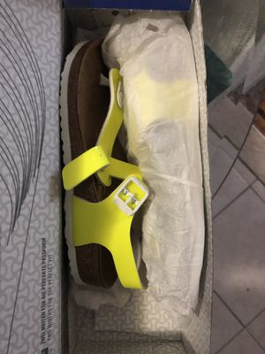 girl shoes sz 3 for Sale for sale  Brooklyn, NY