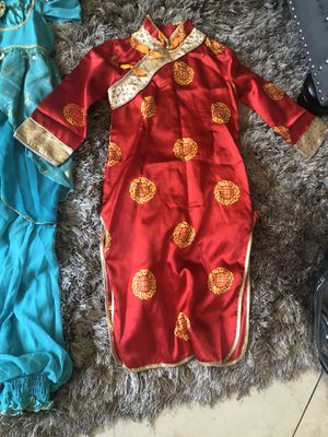 Dress up costumes, Jasmin/Elsa/Chinese gown. Size 5/6. Each $10 or 3 for $20. Tiaras 2 for $7. for Sale in Fresno, CA